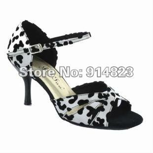 Туфли и обувь для аргентинского танго, одежду купить
