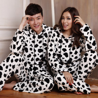 Massu autumn and winter lovers coral fleece sleepwear with a hood cow lounge set