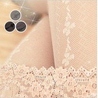 Diamond clovers straight column bar panty hose