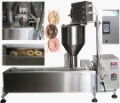 3 moulds Automatic donut maker machine , DONUT MAKING MACHINE (4, 6, 8cm donut)