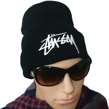 1 Pc Free Shipping, Black Hiphop Stussy Beanies, COMMEDES FUCKDOWN Hip-hop Wool Hat, Autumn Winter Hats WH003