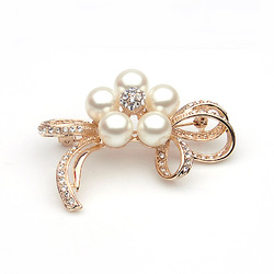TS Quality Vintage Rhinestone Pearl Fashion Brooch&Cape Buckle Female Noble Brooch Gift Jewelry Free Shipping(min order>$10)(China (Mainland))