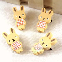 Endulge wooden cartoon brooch badge pin - plaid skirt onrabbit