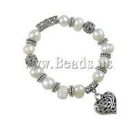 19 USD Free Shipping Zinc Alloy Cultured Freshwater Pearl Bracelets stretch bracelet with heart charm 10-12mm Hotsale 2013 NEW