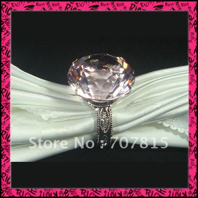 Free Shipping napkin holder100pcs / lot Pink crystal Napkin Rings Wedding wholesale(China (Mainland))