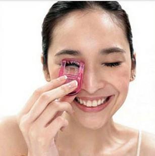 Min. order is $15 (mix order) Aq2365 star mini eyelash curler makeup tool small portable