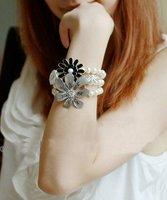 2013 New Arrival  korean Vintage Fashion White Pearl Big Flower Charm Bracelet B46