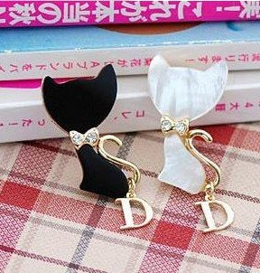 (mix order)  $15 At Least Fashion Cute Cystal Lovely Cystal Cat Brooches  X4