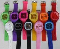 100 pcs/lot Wholesale fashion Square Silicone Jelly Watch Candy Watch Fashion Quartz Wrist Watch 12 Colors