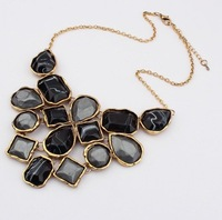 Chic Resin Large Pendant collar chokers necklace Geometric Shape Statement Necklace