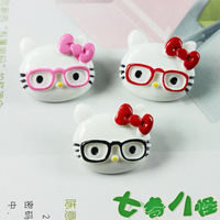 Creative cartoon fridge magnet  Bow wearing glasses KITTY Resin fridge magnets  Black Red Pink