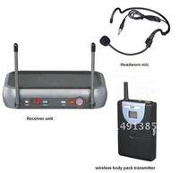 UHF wireless headset microphone system   wireless headworn presentation microphone