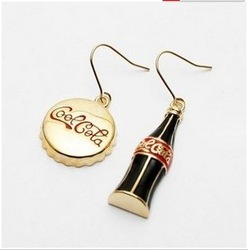 Personalized fashion coca cola bottle cap asymmetrical earrings MIX $10 FREESHIPPING(China (Mainland))