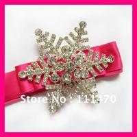 Free shipping (100pcs/lot) 63mm snowflake rhinestone brooch flat back