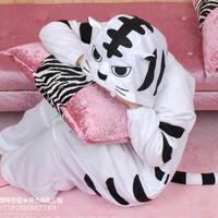 Sleepwear 100% cotton derlook lovers stitch white tiger cartoon one piece sleepwear