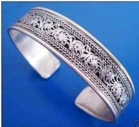 Exquisite tibet silver Carved Lucky jewellery bracelet