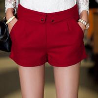 Kz528 small heart button slim hip woolen shorts boots pants