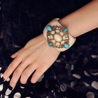Free Shipping!MOQ US $15!!! Fashion Vintage Elegant Big Width Gem bangles Carved Cuff Cross Stretch Bracelet