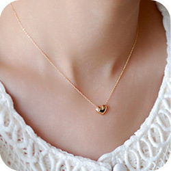 Vintage jewelry fashion elegant sweet short design gold love necklace chain peach heart necklace T-0.90(China (Mainland))