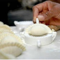 Chinese Meat Ravioli Empanada Dumpling Pie Pastry Gyoza Mould Maker Jiaozi Maker Kitchen DIY Tool