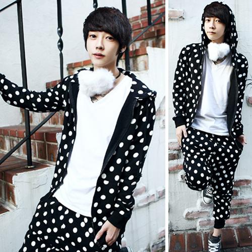 2012 male dot print sweatshirt set male cardigan british style(China (Mainland))