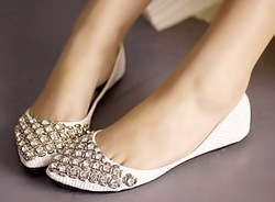 2012 Kvoll New fashion flats for women pointed toe boat shoes flat rhinestone casuals flat heel wedding shoes High quality Brand(China (Mainland))
