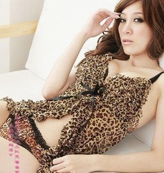 2013New, Free Shipping, Sexy Lingerie, Leopard Sleepwear, (Nightwear+ G - String), Sexy Costumes, Silk Pajamas,Kimono # M6027-1(China (Mainland))