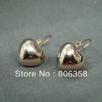 18KRGP Gold Classic Design Peach heart Stud Earrings FREE SHIPPING!