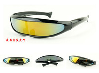 Free shipping!Wholesale Fashion Adult Conjoin Sunglasses New Mens fish Plastic Sun Glasses 5 colours