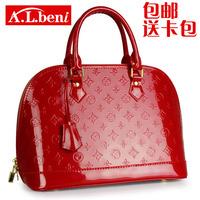 2014 newly fashion women's handbag fashion red japanned leather bag bridal bag marry bag vintage shell free shipping