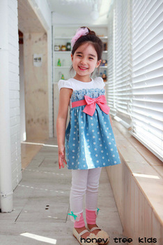 2013 Ready stock !Fashion Polka Dot dress 5pcs/1lot girls clothing beautiful Princess dress kids bowknot dress Children clothes