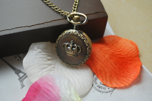 The small dimensions Crown pocket watch necklace gift wc070(China (Mainland))