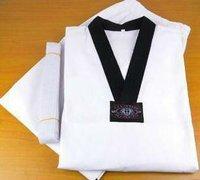 Fashion Deluxe V-Neck Taekwondo uniform