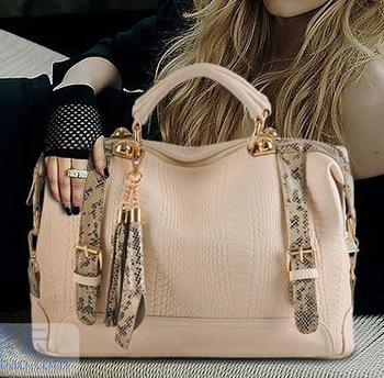 Women's bags 2013 crocodile pattern genuine leather women's handbag vintage tassel shoulder bag messenger bag