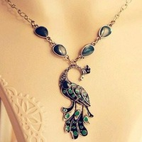 HOT SALE   Vintage oil dripping Green Peacock short fashion necklaces free shipping