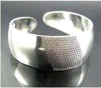 Free Shipping New Tibetan Tibet Silver Totem Bangle Cuff BraceletOO