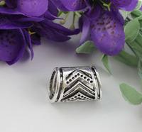 FREE SHIPPING 10PCS Tibetan silver V-shape scarf ring A19517