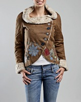 Hot Desigual Spain faux fur fur coat applique embroidery cloth small suit Short jacket 36 38 40 42 44 46