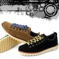 Free shipping Male skateboard nubuck leather casual  fashion breathable rivet shoes men Skateboarding Shoes men flat shoesDZ1357