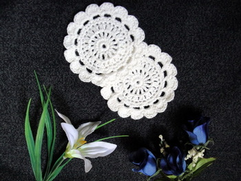 wholesale hand made Crochet cup mat,100% cotton Doily cup pad,coaster ,place mat 8CMX8CM round 20PCS/LOT
