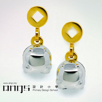 Frog unique stud earring a 925 silver gold plated