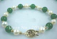 Fashion White Freshwater Pearl & Green Jade Bracelet