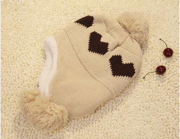Han fashion qiu dong the day love ball lovely knitting wool hat earmuffs(China (Mainland))