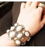 Min.order is $15 (mix order) Accessories luxury fashion vintage big disk flowers pearl bracelet 30g