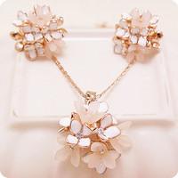 $10 free shippings VIENNOIS accessories female necklace short design set gentlewomen elegant rose gold  glue four-leaf flower