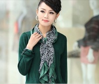 Brand new ladies cashmere sweater all-match  fashion show temperament special with scarf