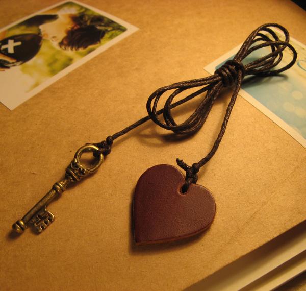 Ultra long Bookmarks rope multifunctional genuine leather bookmark(China (Mainland))