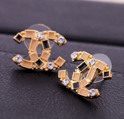 Min.order is $15(mix order) 2013 fashion design new style crystal rhinestone earrings free shipping Free Shipping(China (Mainland))