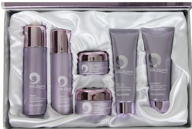 hot product of Smooth &moisturizing skin care products set(China (Mainland))