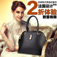 2013 new spring and autumn winter the tide of European and American retro fashion leather shoulder handbags bag, free shipping